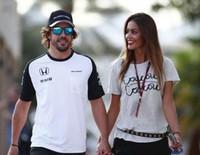 Campanas de boda para Fernando Alonso y Lara Álvarez