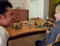 Orlando Bloom visita Ucrania como Embajador de Buena Voluntad de UNICEF