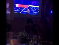 Gerard Piqué gasta una broma a Shakira