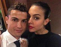 Cristiano Ronaldo y Georgina Rodríguez de paseo con Mateo, Eva y Alana Martina